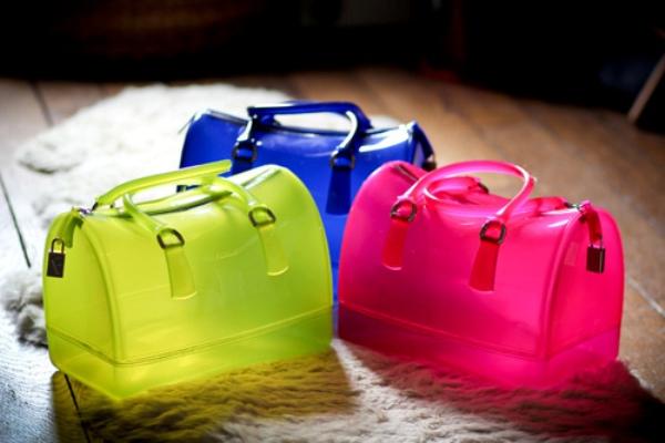 It Bag: Furla Candy Bags, Bolsas Primavera Verão 2011 2012!   furla candy bags betty 2   moda moda acessorio    verão 2012 tendência primavera/verão preço opinião Moda Furla coloridos Candy Bag Bolsas