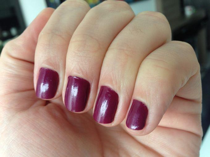 esmalte-roxo-beringela-2